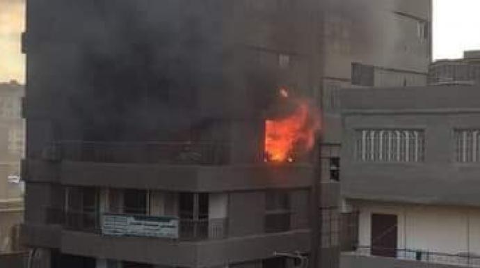 حريق شقة سكنية فى النزهة (صور)