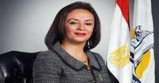 مايا مرسي تدلي بصوتها في انتخابات الشيوخ.. وتطالب النساء بالمشاركة بكثافة في التصويت
