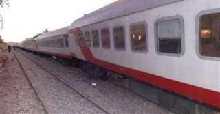 خروج قطار سوهاج-بورسعيد عن القضبان بمحطة الزقازيق