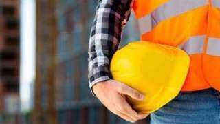 ضمانات يوفرها القانون للعامل لحمايته من تعسف صاحب العمل