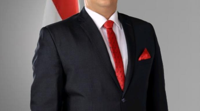 تامر قبودان : بعض الوزراء يمثلون عبئا على الدولة ويجب استبعادهم في التعديل المرتقب